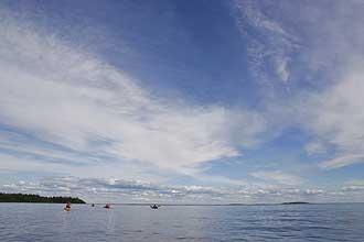 Kayaks-at-Sea-Fredrik_Broman