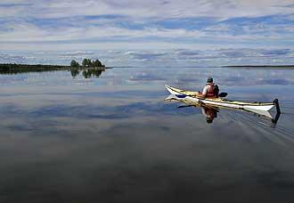 Sea-Kayak-at-calm_sea-Fredrik_Broman